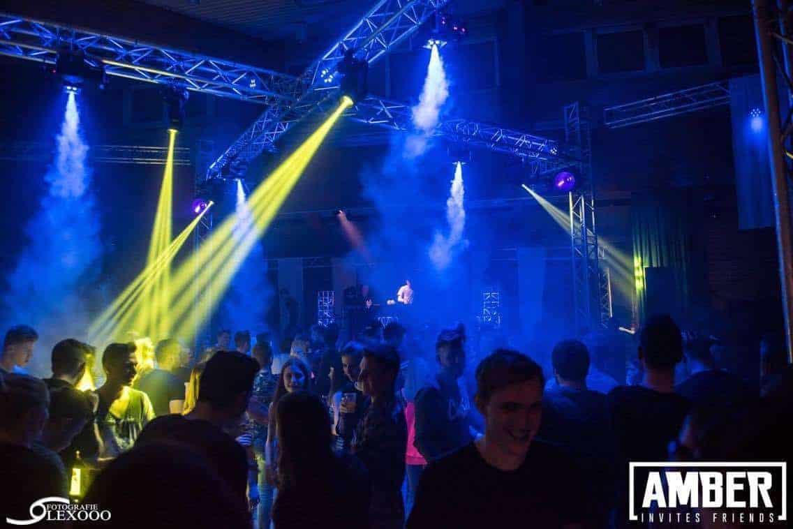 Amber Invites 8 EQS Light and sound rental