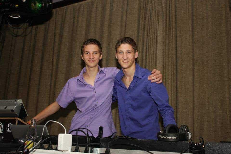 Wouter & Michiel DJ Duo EQS Licht en geluid huren